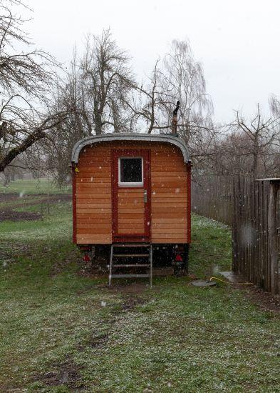 Daheim im Holzwagen